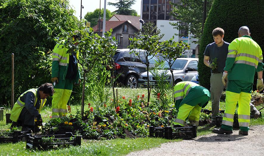 Site officiel de la mairie du bourget 93350 for Espace vert 95